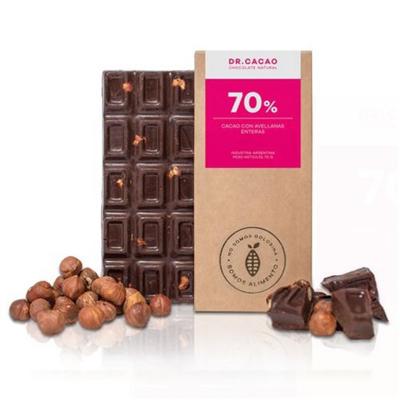 70% Puro cacao con avellanas enteras